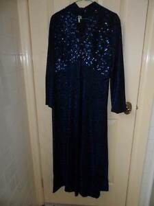Ladies Vinatge Long Evening Dress Point Cook Wyndham Area Preview