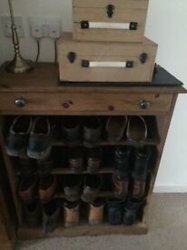Stripped Pine Boot & Shoe Rack