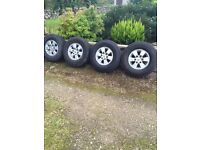 Toyota Hilux Allys & Tyres