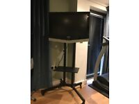 TWIN POLE TROLLEY STAND WITH SHELF, 1.5M - AS NEW