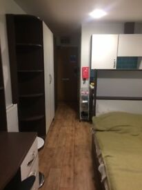En suite studio apartment in Shoreditch