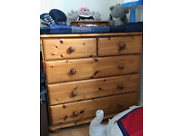 Pine Chest of Drawers - High Quality, Excellent Conditon and with Glass topper