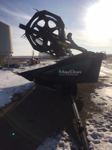 Macdon FD75-S 35 foot Header