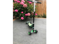 Fuzion Electron Scooter - adjustable and collapsible