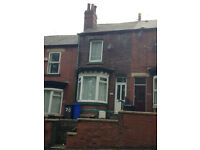 3 BEDROOMED TERRACE TO LET ON ELLESMERE ROAD NORTH £495 PER MONTH