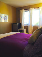 LIGHT AIRY ROOM 8 MINS BY LRT TO DNTWN! WALK TO LRT & SHOPS, GYM