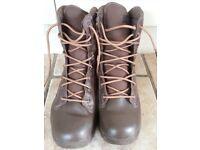 Magnum Response Boots (UK10) Unused