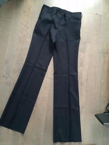 Uniforme Regina Assumpta - pantalon fille NEUF (taille 32)