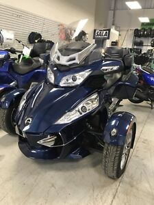 2010 CAN AM SPYDER RT S
