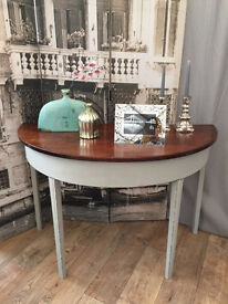 """Lovely shabby chic """"paris grey"""" side table by Eclectivo"""