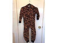 kids boys leopard pattern onezee age 6-7 years