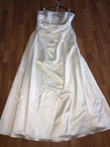 Plus size wedding dress package