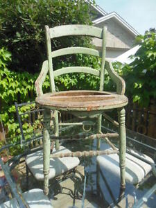 old chair (vintage chippy green) London Ontario image 2