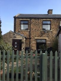 Two Bedroom Stone Built End Terrace Cottage for Rent in Skelmanthorpe. Available June onwards