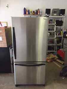 Stainless Steel Fridge - Whirlpool Gold - 30 inch wide