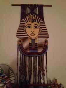 Plusieurs items égyptiens