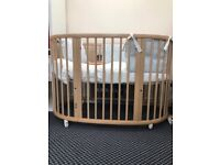 EX Display - STOKKE Sleepi Cot Bed, includes Mattress - WORTH £575
