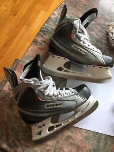Bauer Skates size 5D Vapor X30 paid $230 used maybe 5 times
