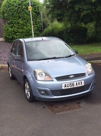 FORD FIESTA 1.25 ZETEC CLIMATE - 12 MONTHS MOT AND SERVICED