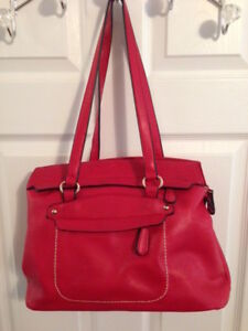 Stylish Red Purse w/shoulder strap