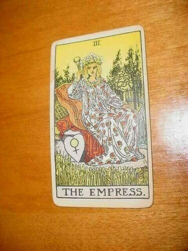 SINGLE VINTAGE TAROT CARD THE EMPRESS