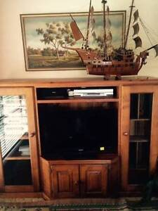 Timber TV/Stereo Cabinet - Downsizing Sale Gilmore Tuggeranong Preview