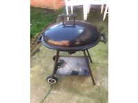 Barbecue BBQ Bar b Q - Barbeque - Very good condition - Moving Abroad