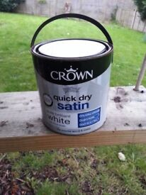 New never open 2.5L Crown white interior paint wood and metal