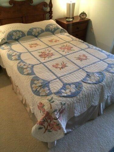 Dogwood Applique Antique Quilt, Hand Embroidered Accents, Corner Blocks, #18956