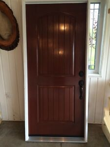 "NEW 36"" FIBERGLASS STAINED EXTERIOR DOOR ONLY 275$"