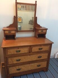 Antique vintage Dressing table with Burr Maple drawers