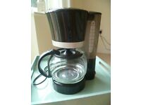 Coffee Maker with detachable filter and full instructions