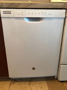 GE Dishwasher (white) - like new!  Good working order!