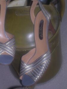 Designer womens shoes / heels in excellent condition North Shore Greater Vancouver Area image 6