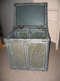 Wicker linen box