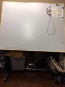 Drafting Table automatic