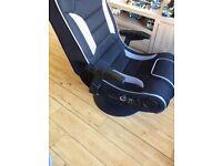 Gaming chair xrocker Titan