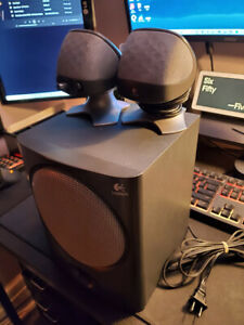 Logitech Speakers with Sub-woofer
