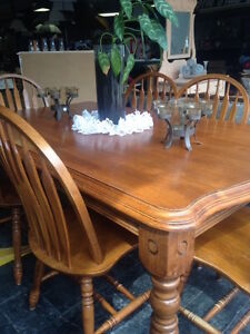 Solid Wood Dining Table/6Chairs