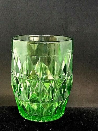 "VINTAGE GREEN DEPRESSION GLASS ""WINDSOR DIAMOND"" TUMBLER, ORIGINAL"