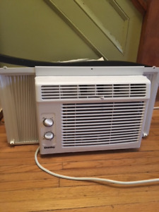 DANBY Window Air Conditioner. Like new. (4 months old)