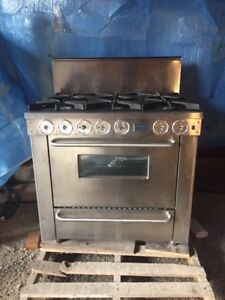 """FIVE STAR"" commercial gas stove/oven"