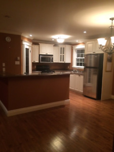 3 Bedroom apartment for rent in Pasadena!!