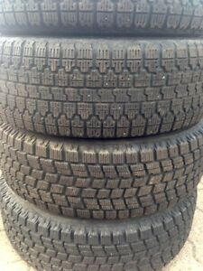 185/70/13 - Winter / Hiver Tires (x4) - with Rims