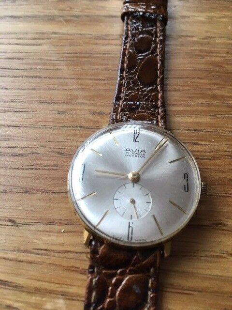 223fb902f89b Excellent Men s Vintage Avia 17 Jewel Incabloc Art Deco Bauhaus style watch