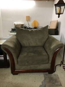 Free Couch, Loveseat, Chair & Ottoman