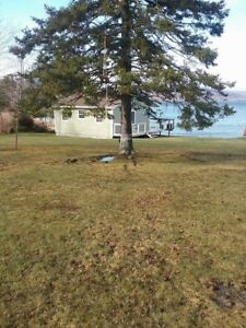 Private Cottage for Rent Steps from the lake near Orangedale