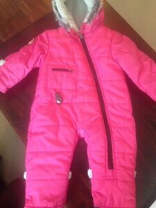 12 month Kushies (Blue Banana) winter suit - perfect condition!