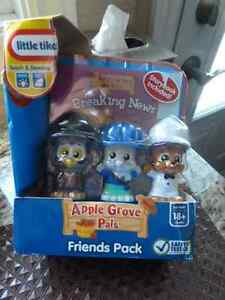 "LITTLE TIKES APPLE GROVE PALS ""FRIENDS PACKS"" NEW"