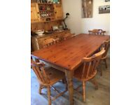Lovely PINE DINING TABLE and 6 Chairs
